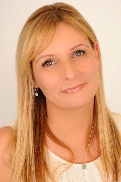 Photograph of Laura Voros